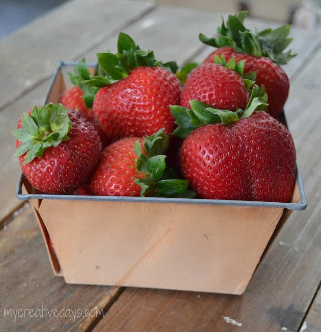 Best and Easiest Strawberry Pie Recipe mycreativedays.com