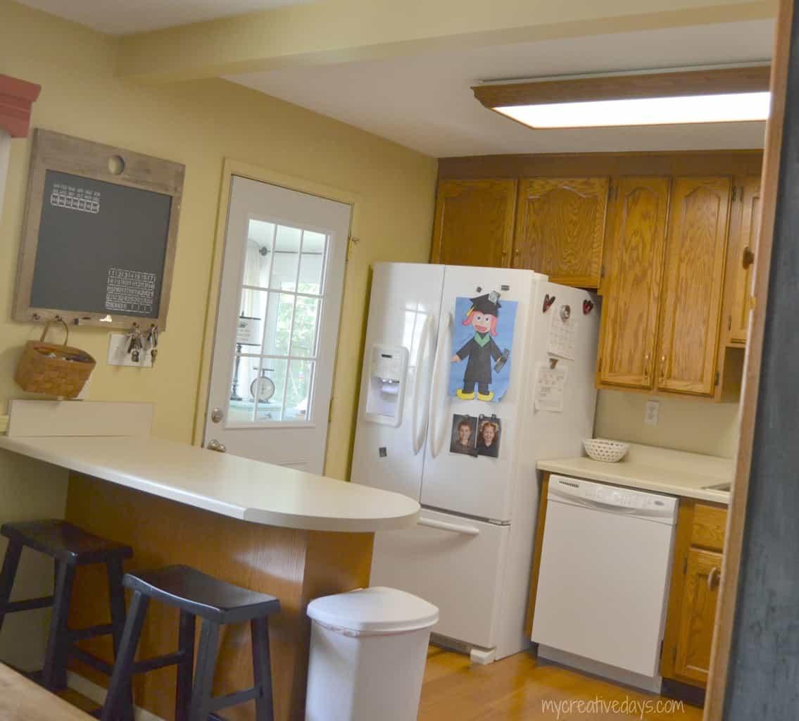 DIY Kitchen Light Fixtures {Part 1} mycreativedays.com
