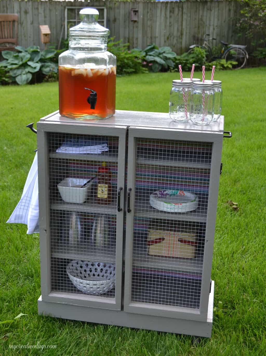 Ikea Hack - DIY Beverage Station mycreativedays.com