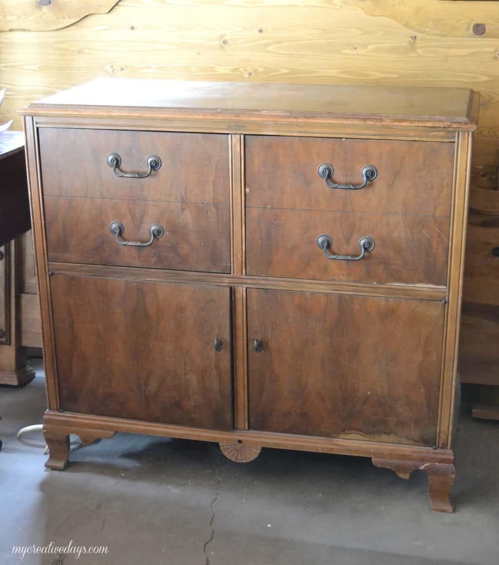 Vintage Radio Cabinets 63