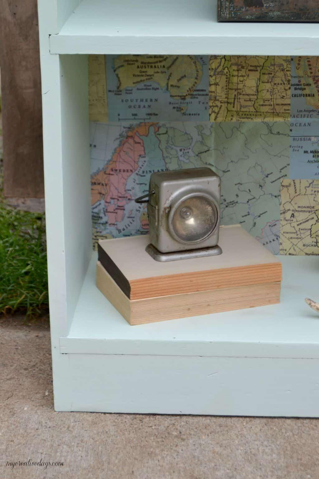 Curbside Bookshelf Makeover mycreativedays.com
