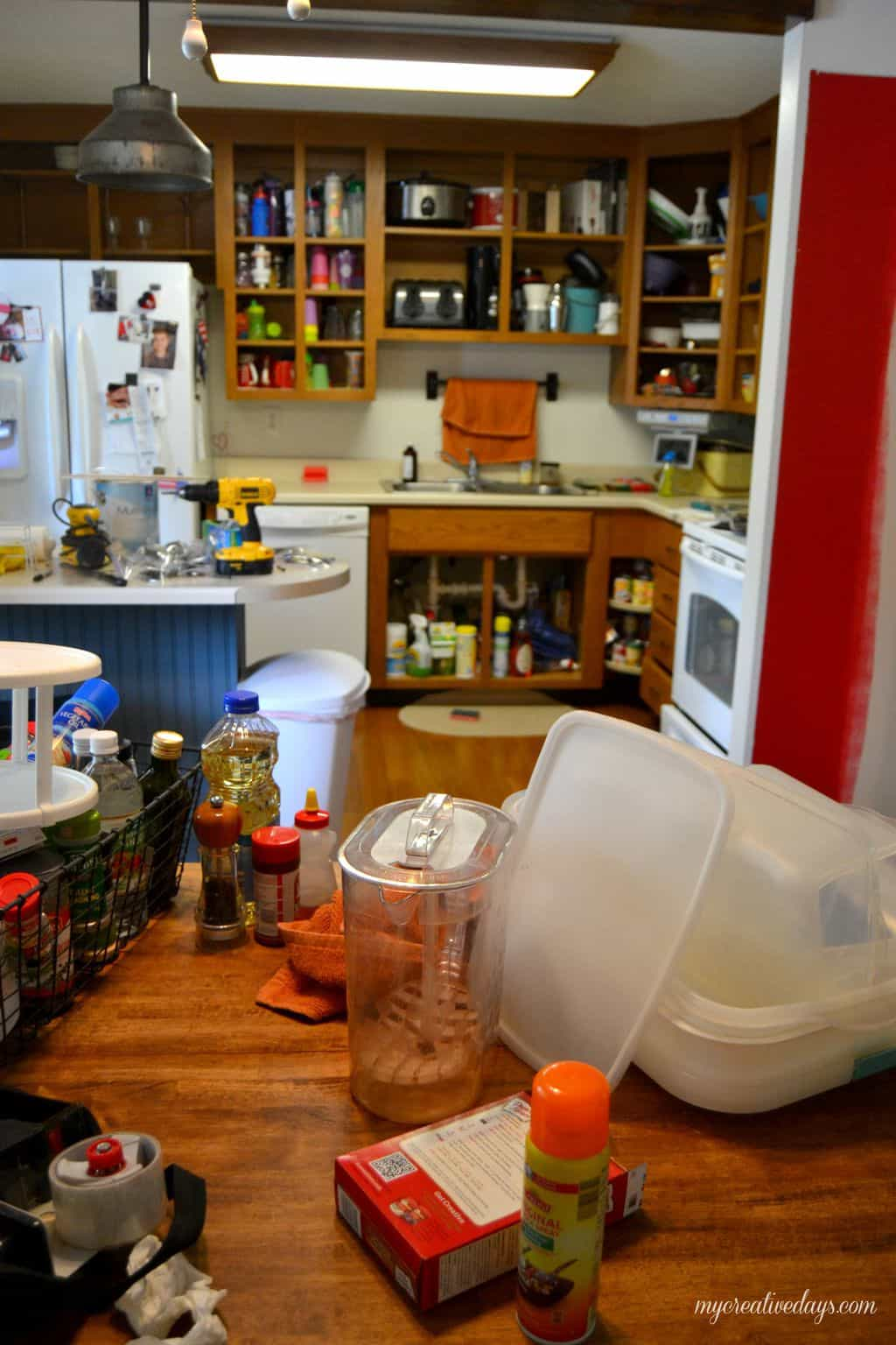 Kitchen Makeover : Painting The Cabinets mycreativedays.com