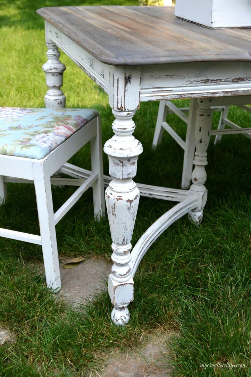 Curbside Table Turned Farm Table mycreativedays.com