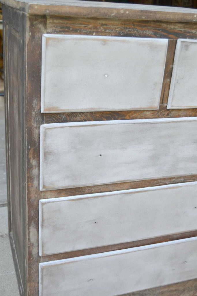 Are you looking for some inspiration to make over a small chest drawers you have? This White Chest Dresser Makeover took an old kitchen cabinet and transformed it into a rustic piece that would fit many different styles.