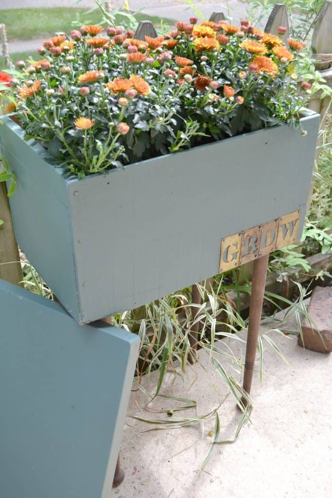 Are you looking for a wooden planter box? DIY your own! Search around in your garage for supplies you may have on hand and create the exact wooden planter box you are looking for!