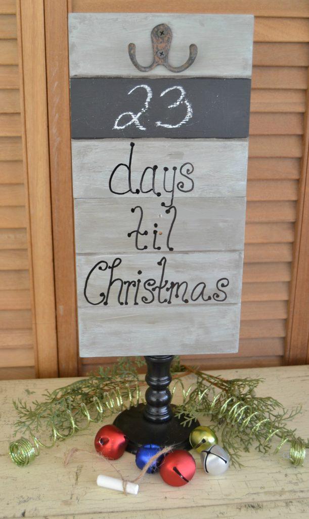 Desktop Christmas Countdown :: Thrift Store Swap MyCreativeDays.com
