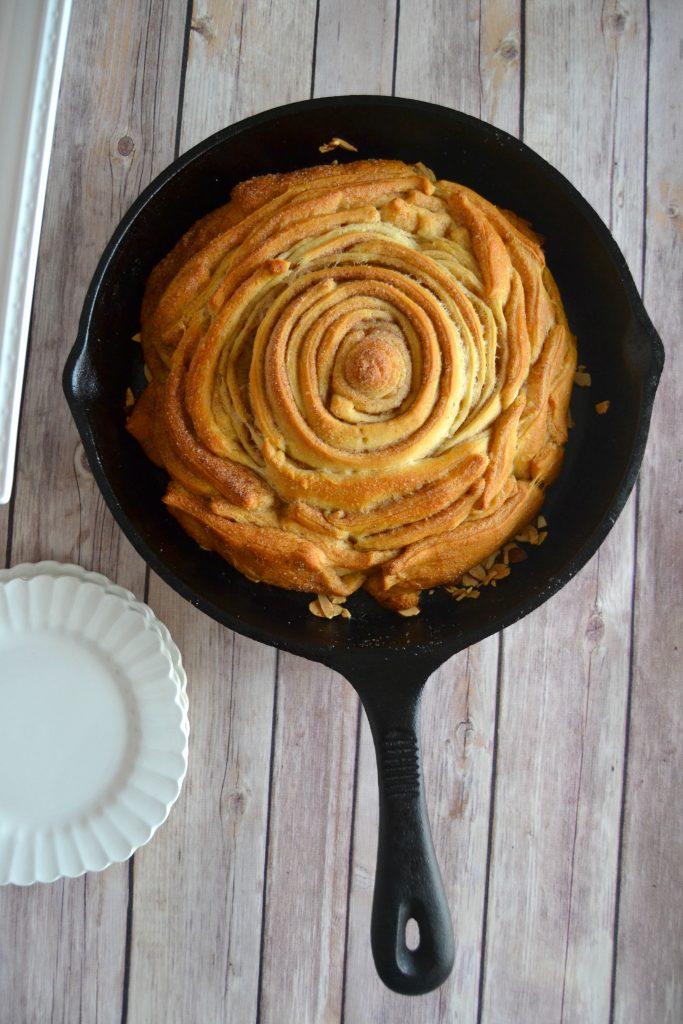 Easy Almond Sticky Bun Pie