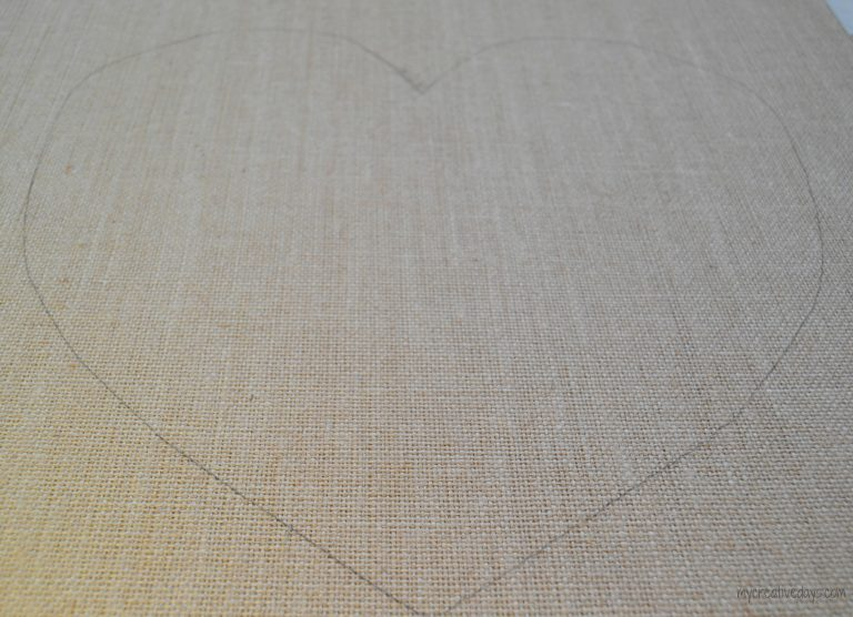 If you like the look of ombre, click over to see how easy it was to put together this cute pink ombre heart on burlap.