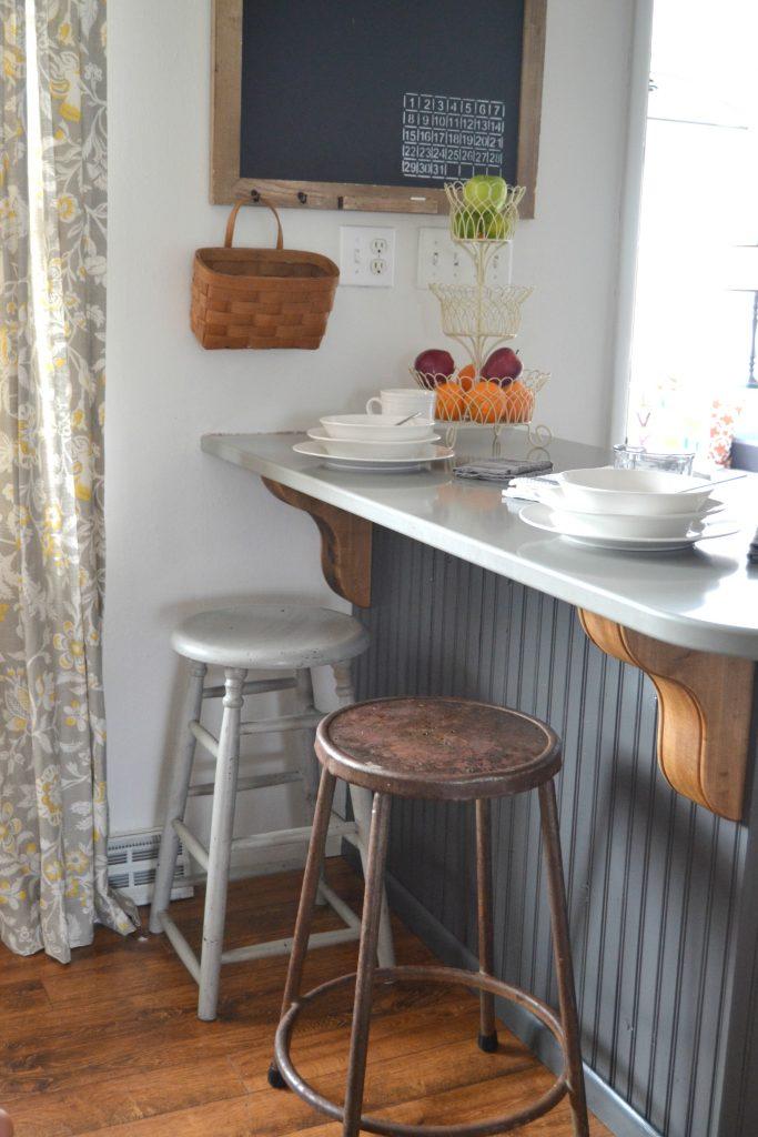 Farmhouse Bar Stools Under $100 | My Creative Days