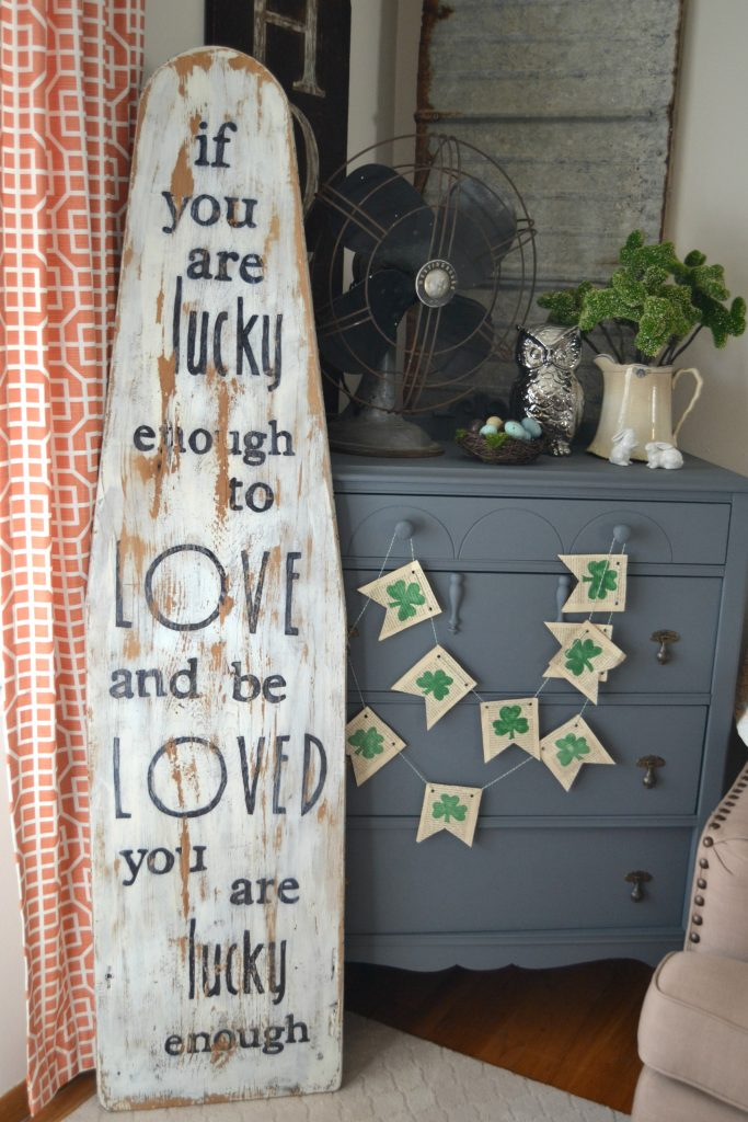 DIY Vintage Ironing Board Sign | My Creative Days