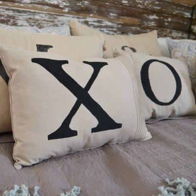 DIY Throw Pillows For $2