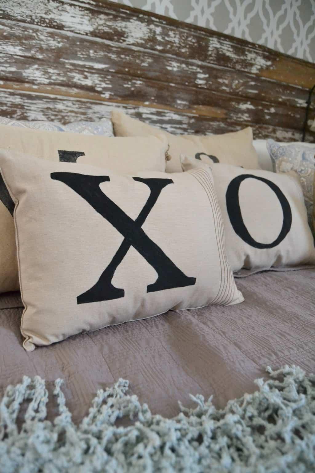 DIY Throw Pillows For $2 My Creative Days