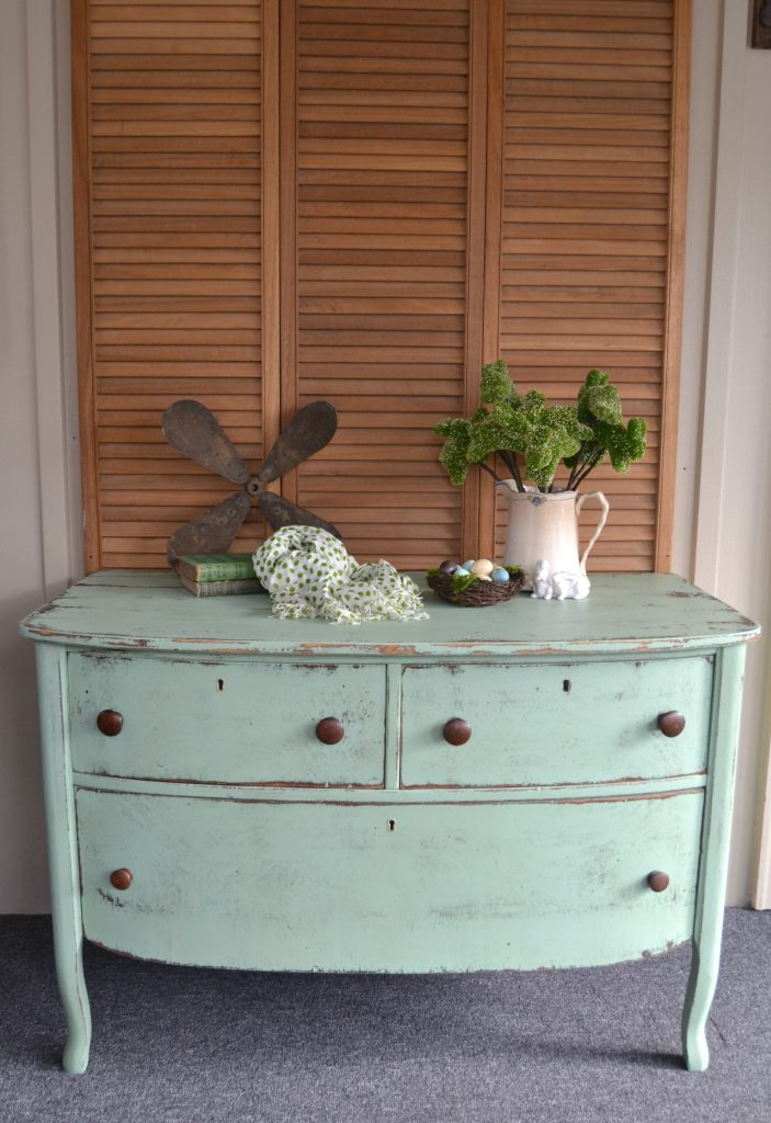 Farmhouse Dresser The Easy Way To Distress Furniture My Creative Days