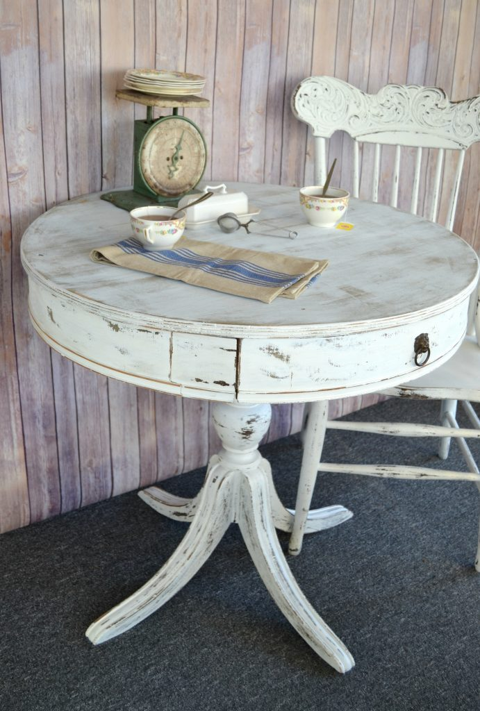 Diy Painted Round End Table For Any Space In Your Home