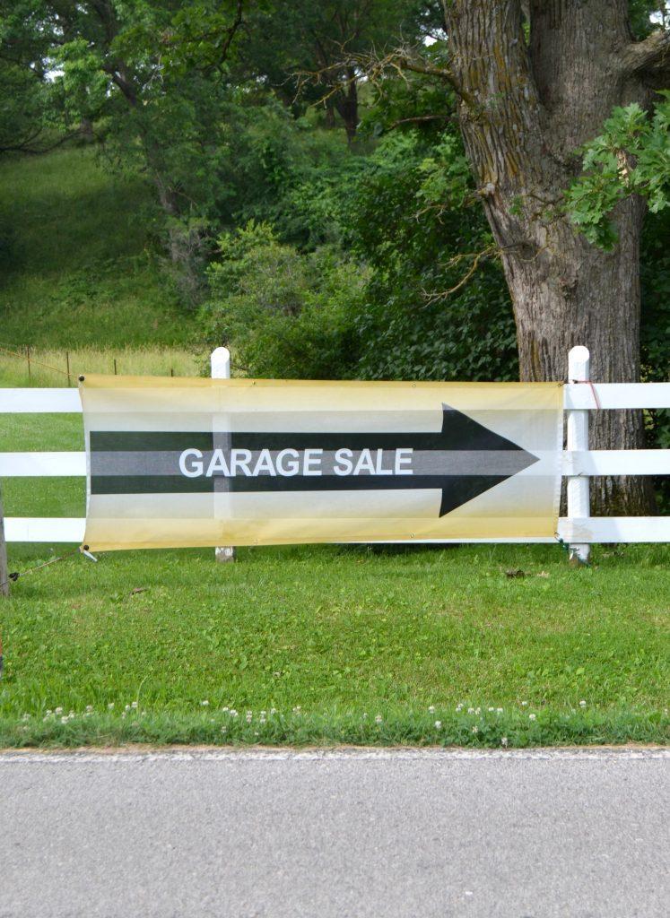 10 Things You Should Buy At Yard Sales