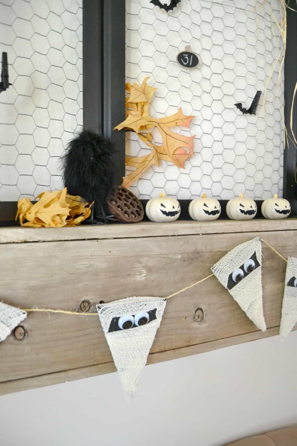 Halloween Crafts Easy Mummy Banner My Creative Days