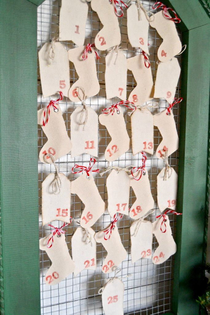 Diy Calendar Michaels : Diy advent calendar made from curbside frame my creative
