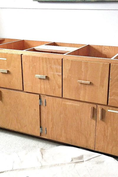 """Office Cabinet Makeover With 7"""" Flat Stainer"""