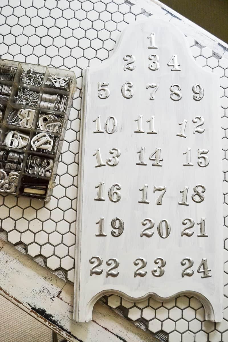 Diy Calendar Numbers : Easy diy advent calendar made from a ¢ board my