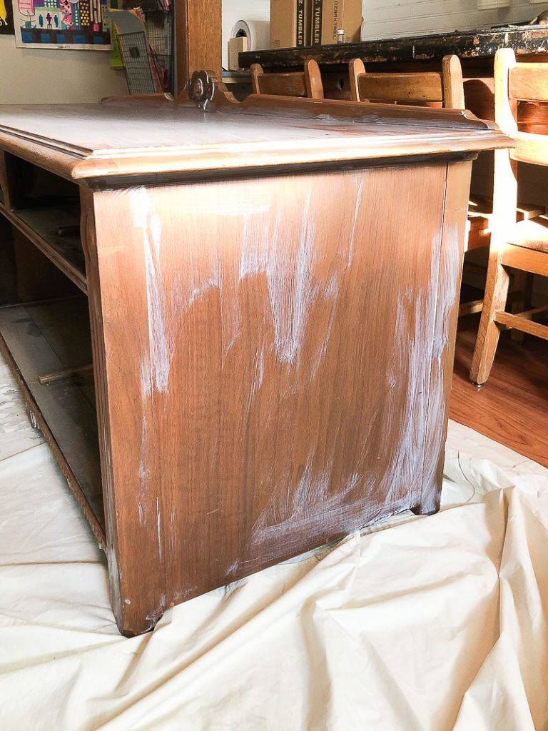 How to paint furniture without sanding easily.