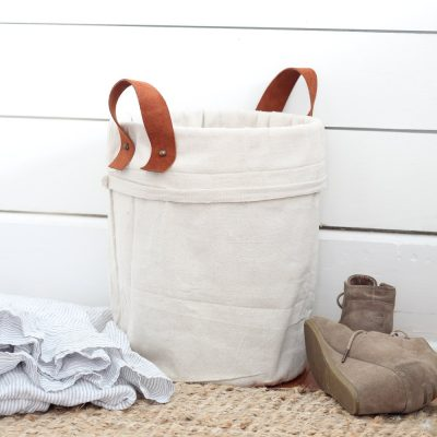 Canvas drop cloths are inexpensive and you can make so many things out of them. Click over to find 30 drop cloth projects you can make today!