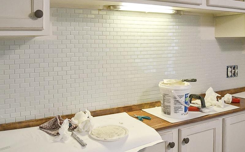 DIY tile backsplash for rookies